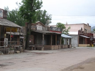 Cerrillos - First Street